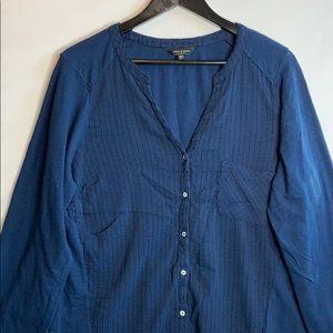 Lucky Brand Women's Dark Blue Button Up Blouse